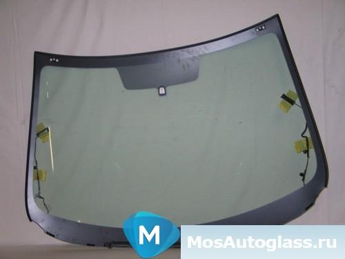 Лобовое стекло на мазда 3